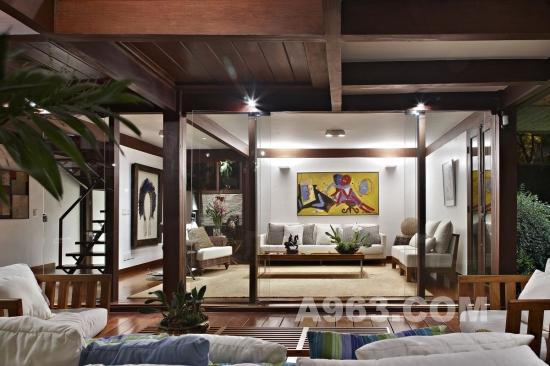 巴西花园住宅设计 80年代房子不可思议的改造