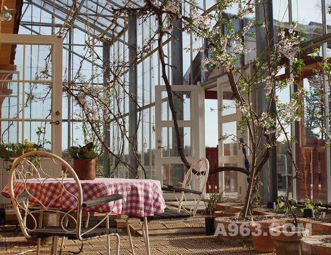 """""""春天来时,""""户外空间""""充满了花香"""