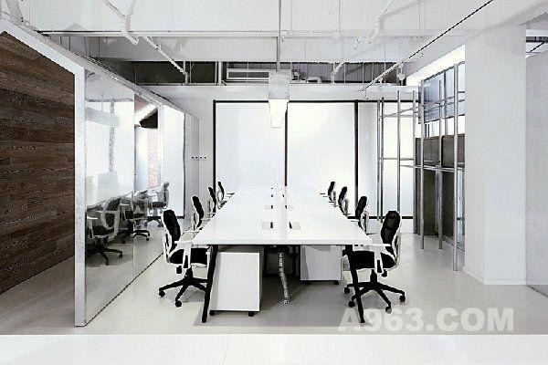 深圳办公室设计师解析极致简约黑白时尚的现acaa答案室内设计图片