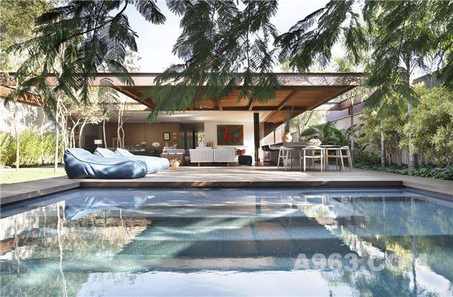 户外花园及泳池