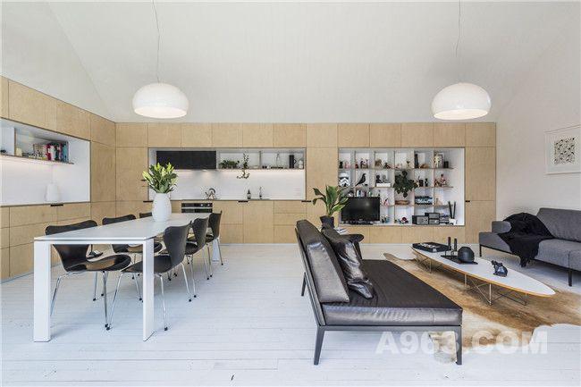 客厅、厨房及餐厅