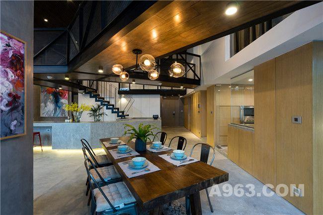 玄关、吧台、厨房及餐厅