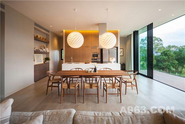 二层公共空间(客厅、厨房及餐厅)