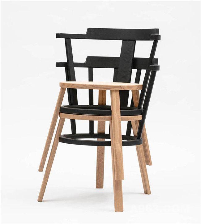这款座椅不像之前的座椅,可以叠放