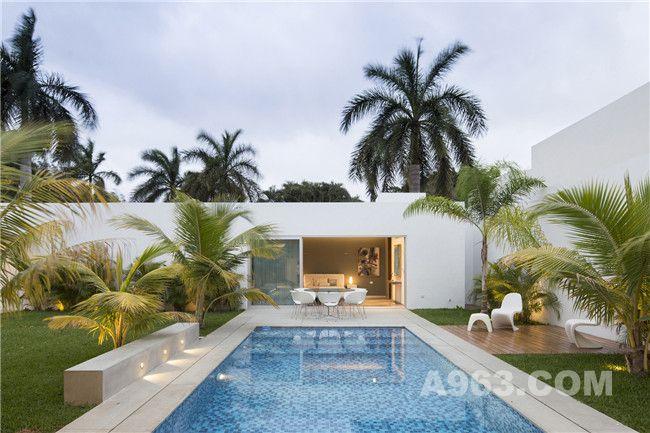 别墅庭院及泳池