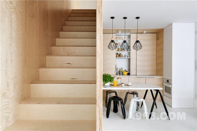 厨房、餐厅及阶梯