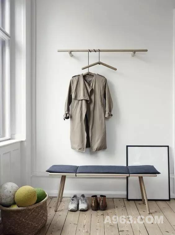 挂衣服虽是生活中一件小事,但一个美观且实用的衣架,带来的不仅仅是干净整洁,更是对生活品质的提升