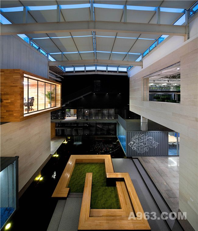 中庭 atrium