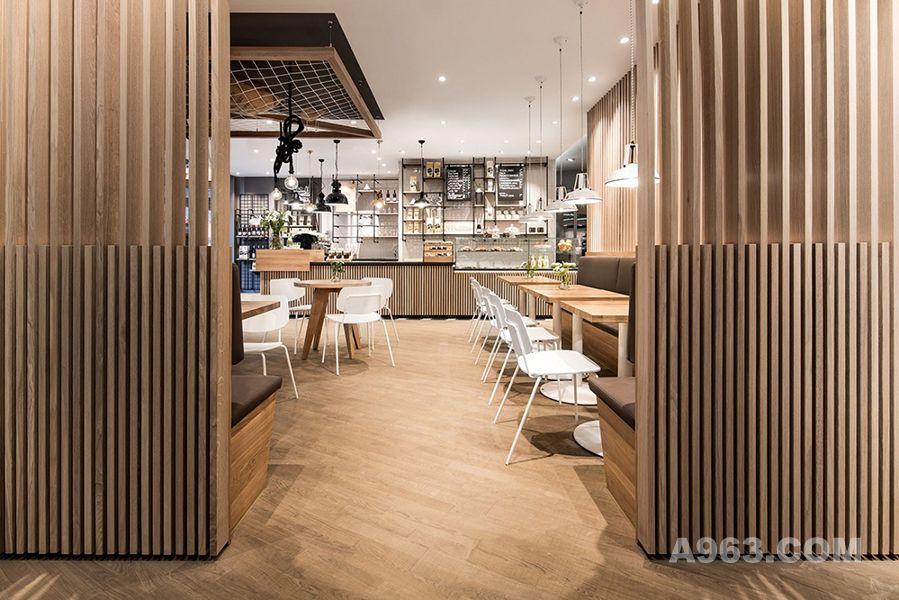 新生态环境的咖啡店设计效果图