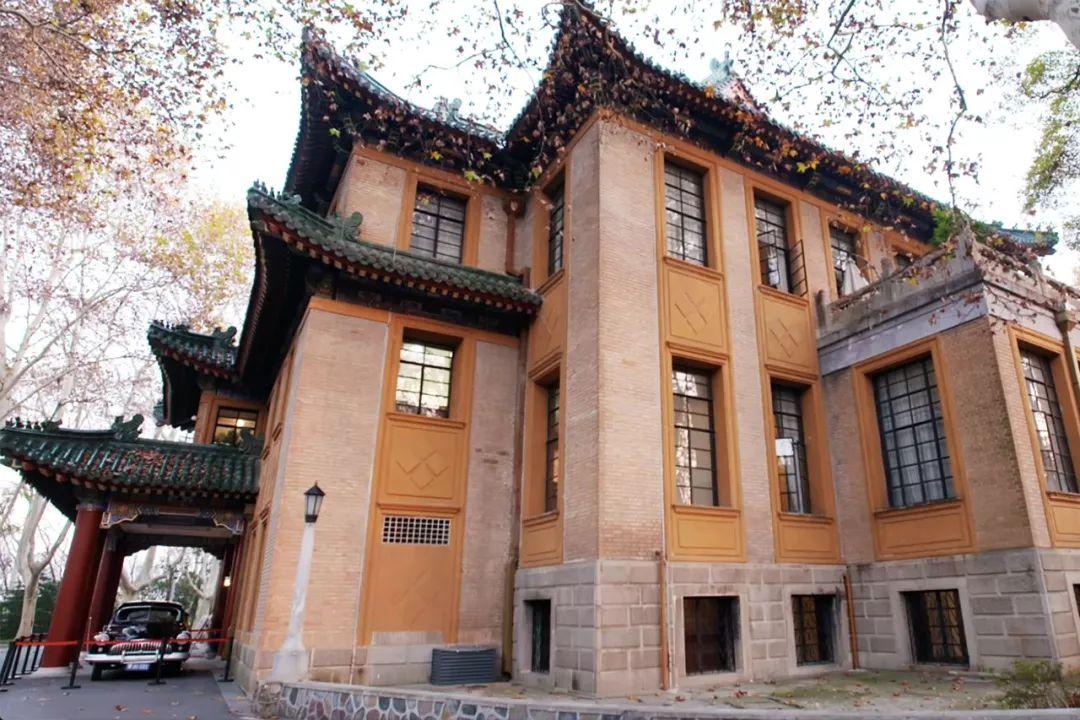 """2800㎡的美龄宫,被誉为""""远东第一别墅"""",一片瓦就高达5000美金!"""