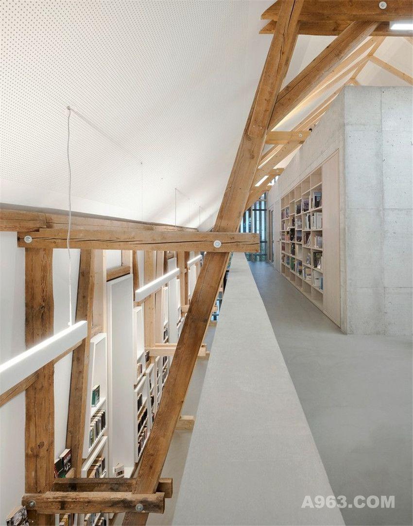图书馆内部实景图
