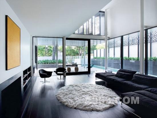 清新/清新雅致的橡木屋顶和地板设计