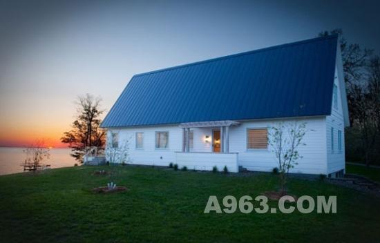 屋顶蓝色别墅设计