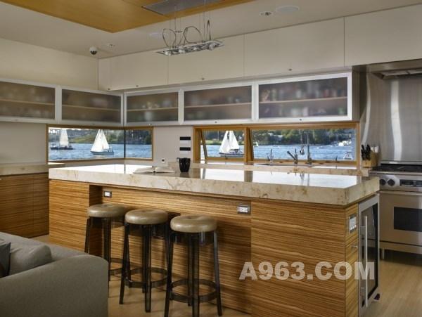 西雅图湖上漂浮斑竹设-刘丹姚别墅的设计师家家装设计定制全装的英文图片