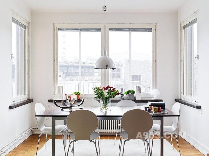 白富/【组图】78平米白色公寓设计生活就应该如此简单
