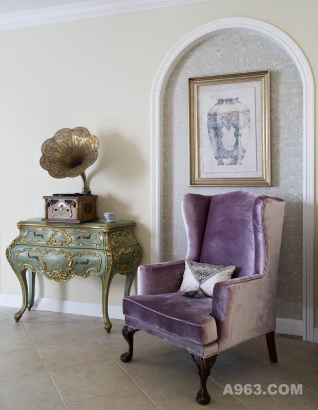 客厅 客厅一角,可在这小憩、看书、听音乐