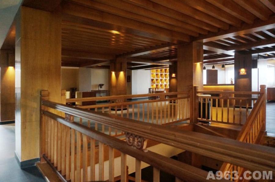 三楼楼梯间