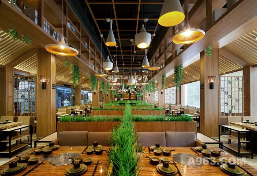 图三:深圳锦园四季椰子鸡餐厅设计 餐位全景