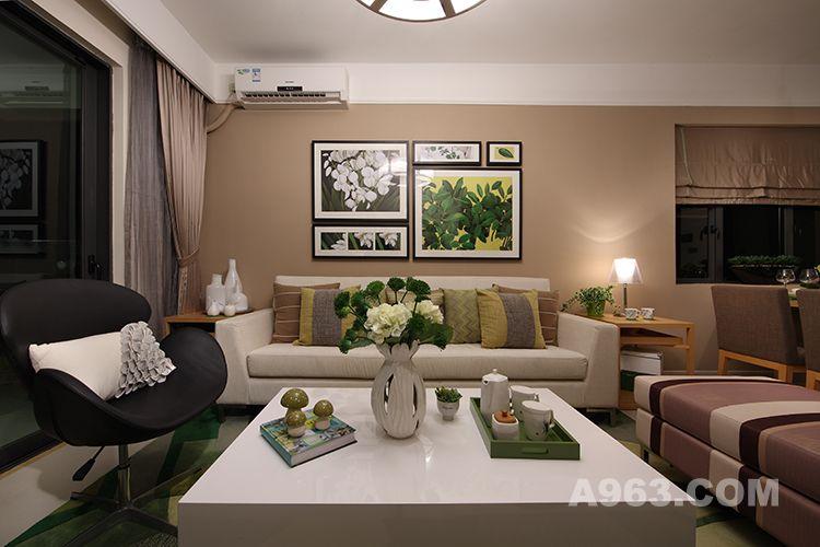 图三:中山海伦春天样板房设计-客厅