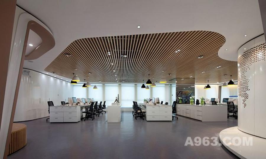 图三:昆明海伦先生办公空间样板房设计 公共办公区设计1