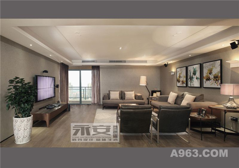 客厅全景:客厅整体色系沉稳雅致,内敛、低调的浅灰色被大胆运用作为大面积的背景底色,并辅以净透、跳跃的挂画为点缀.