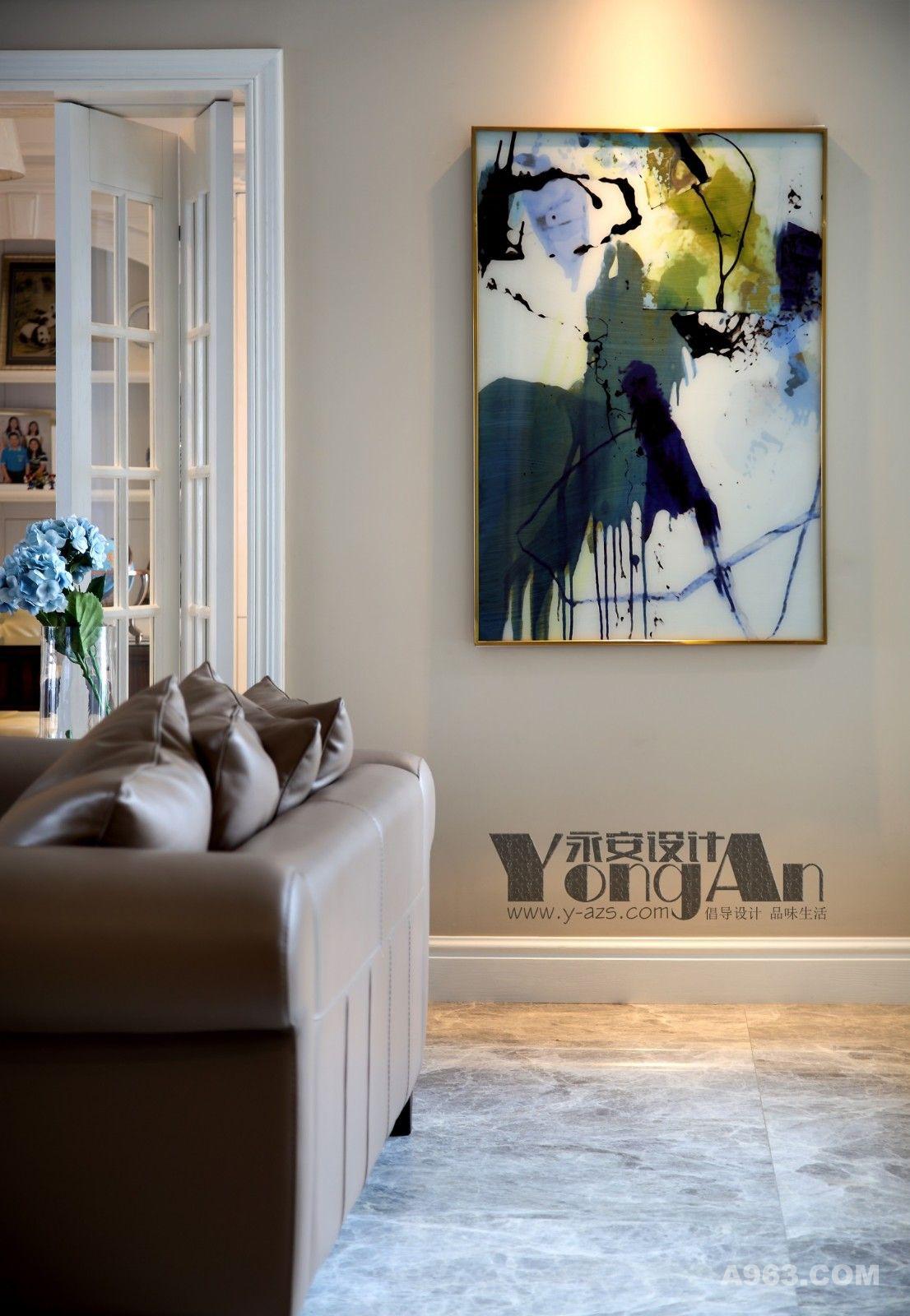 客厅一角:不须用心勾勒,随意挥洒便是风景。