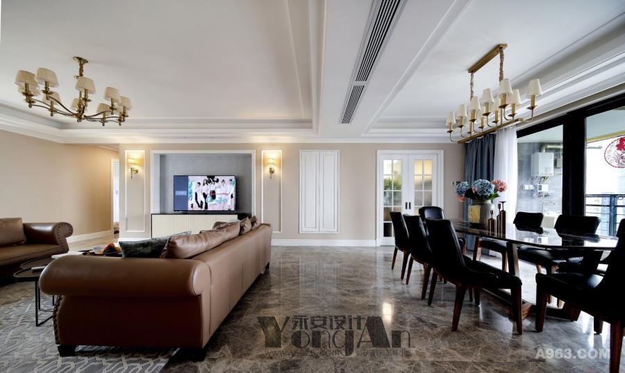 客餐厅:客厅与餐厅的家具灯具和而不同,一眼望去空间过渡的自然随意。