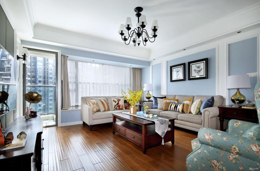 优质的设计感使质感蔓延、自然纯净。淡雅的蓝、纯净的象牙白作为空间色系的主调,以简约精致的结构为基底的一个空间。