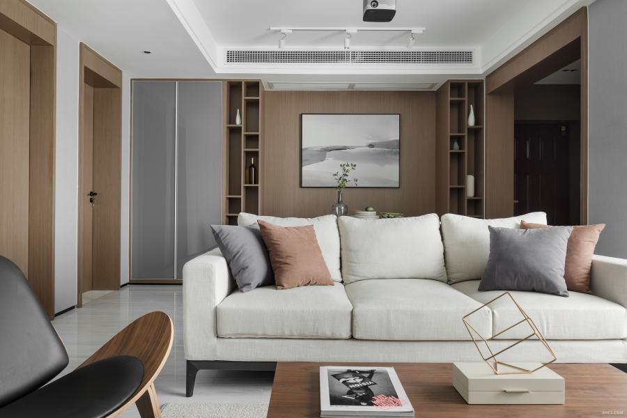 以偏灰的木质,浅灰色墙纸融合自然光线,让整个居室静谧,柔和。