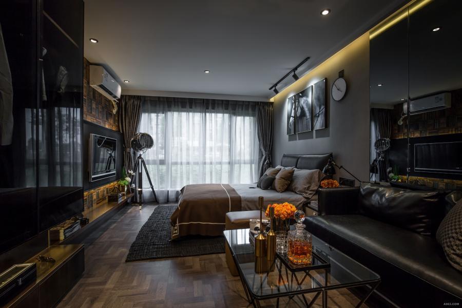 整体以黑色与金色为主色调,突出男子公寓的风格。
