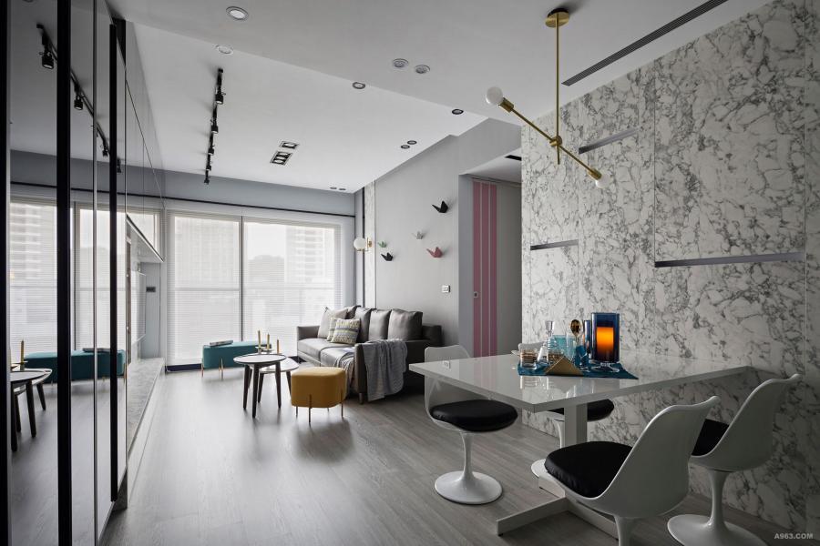 採用新元素-石材系統板取代木作壁板,環保建材組成無毒空間。