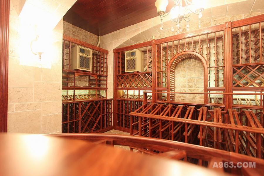 天津富力津门湖私人别墅酒窖工程设计制作完工酒窖图片B