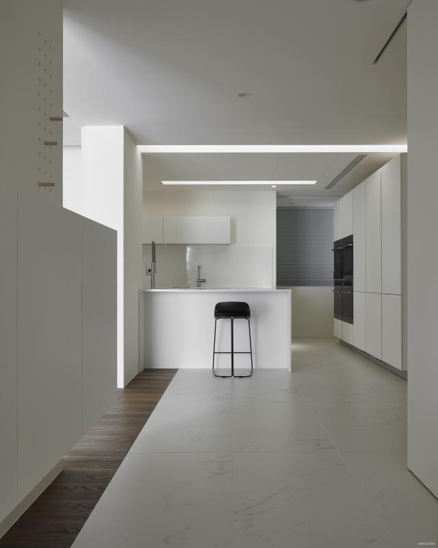 素淨的顏色裡,建構恰到好處的機能,安靜而優雅。