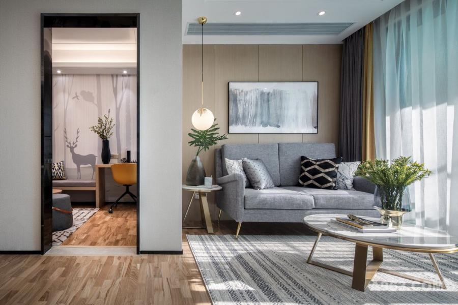 本案定位于现代北欧风格,伊派设计以自然原木为主题,巧妙运用细腻的线条和清新的色调,构筑一个简约素净的舒适空间。