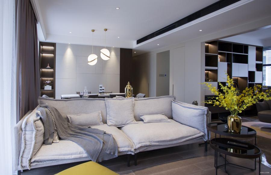 客厅以简洁的色块使得空间更加整洁大方,空间流线具有灵动性。