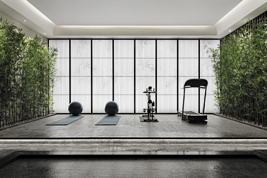 光影婆娑的竹林 ,凸显其独有的肌理与朴素质感。闲坐于院内,听微风吹着竹叶沙沙作响,看竹影在墙上留下的画面,摇曳间不断变换。