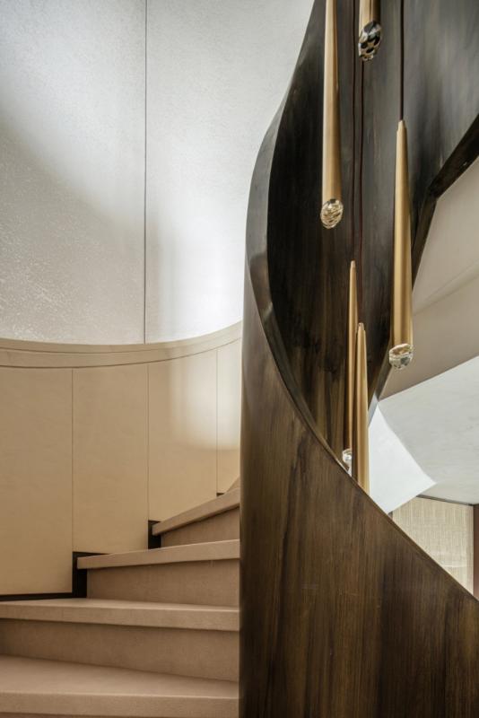 旋转楼梯3