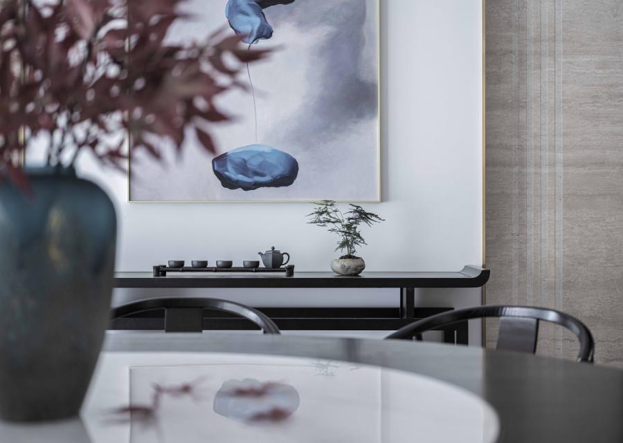 古韵今风,意在打造一个美感与舒适并存的家居空间。