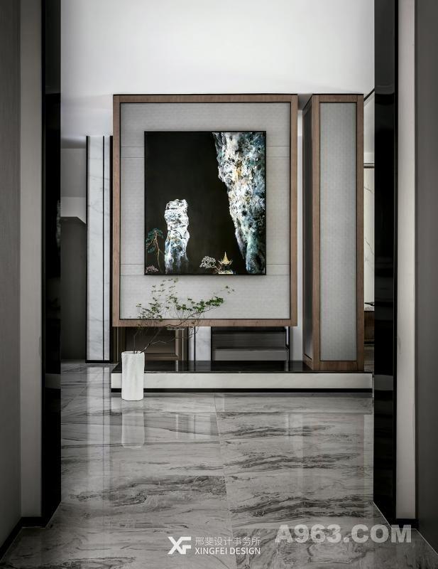 玄关/Foyer 如果你能在自己喜欢的地方,有一座理想的居所,每一个角落都以最舒服的方式回应着你的家人,这也许就是一个人送给自己和家人最好的礼物。